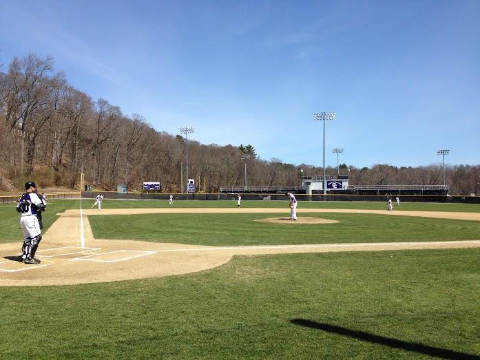 Baseball Splits Twin Bill with RogerWilliams
