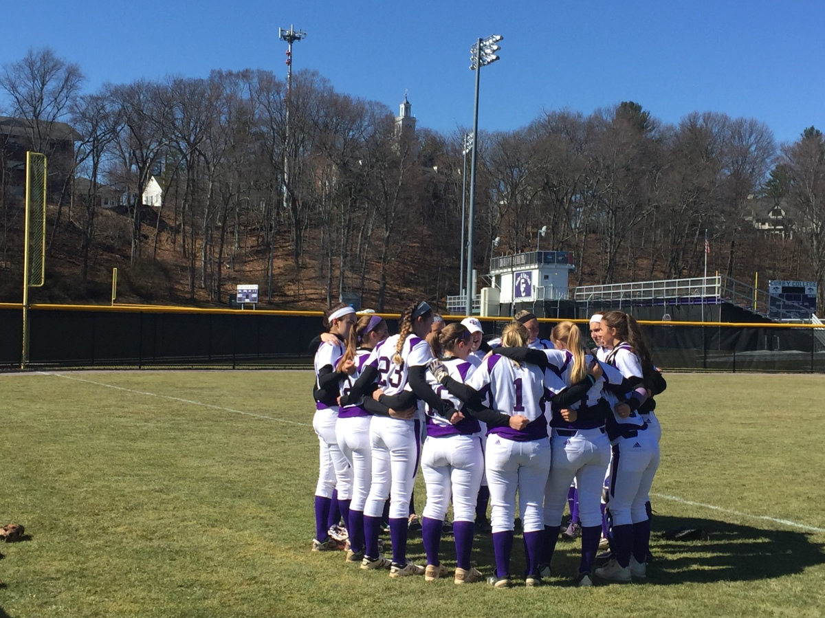 Softball Splits Doubleheader with Conference foe Nichols College