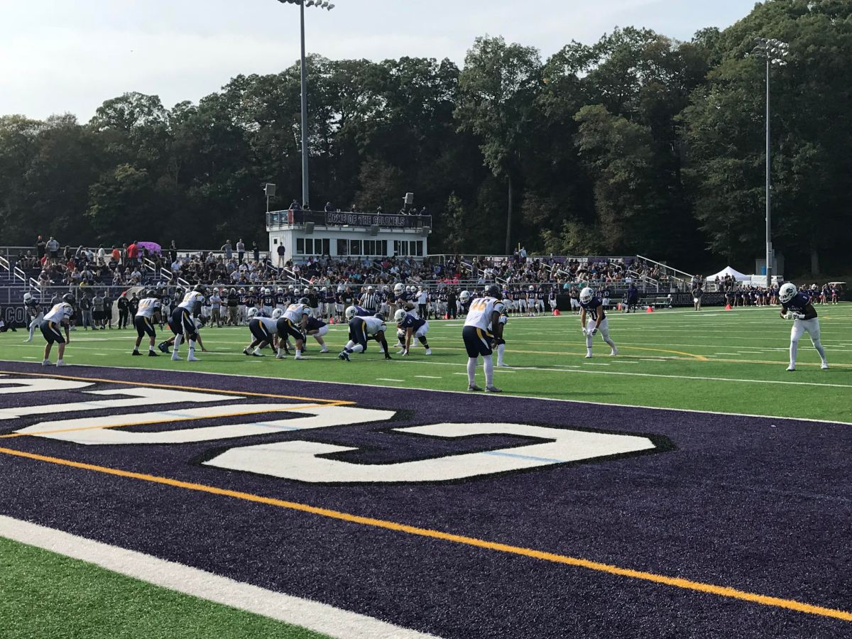 Corvese Finds Pay Dirt Four Times to Fend Off UMass Dartmouth, 30-27