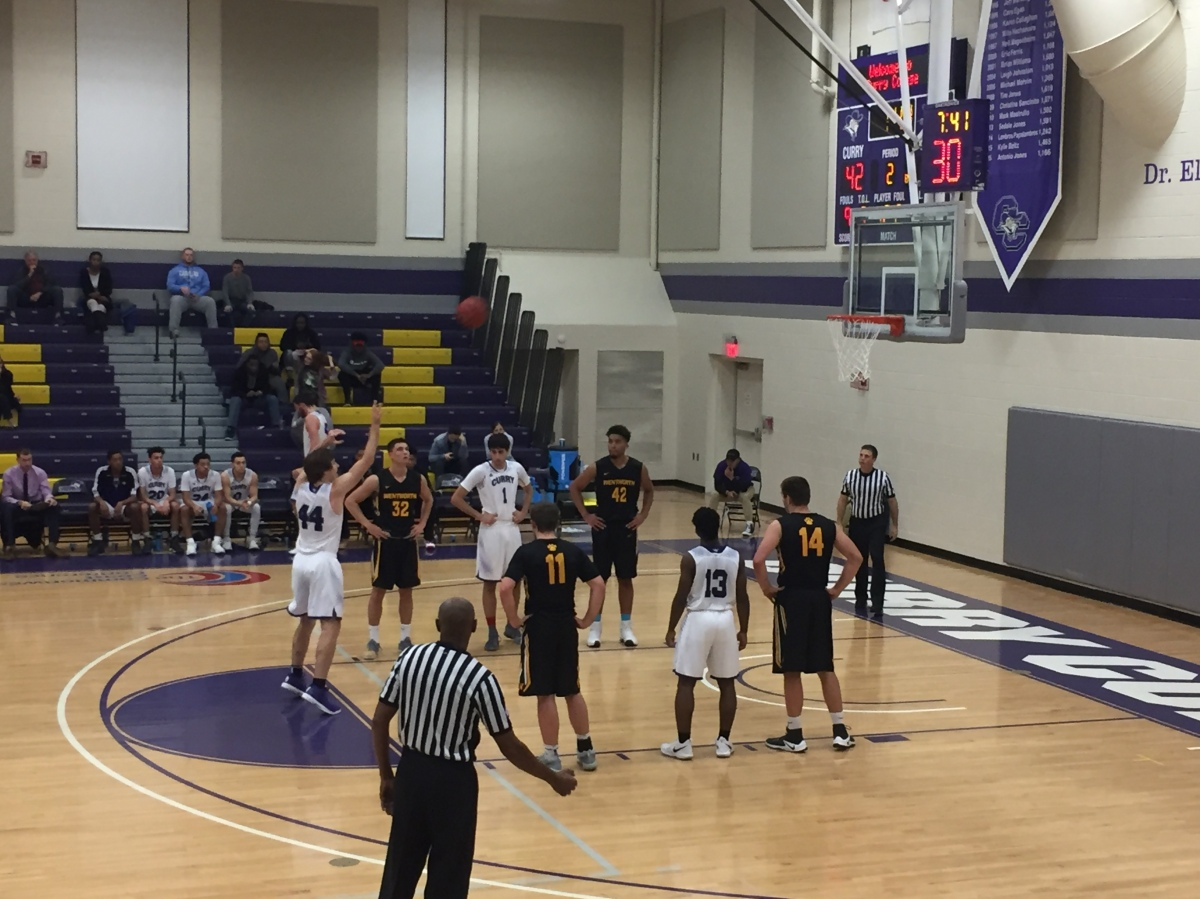 Men's Basketball Drops Opening Conference Matchup